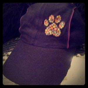 🌟3 for $15🌟Black Multi Color Paw Hat